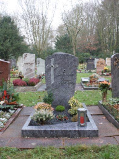 beerdigungstiefgräber-2-390x520